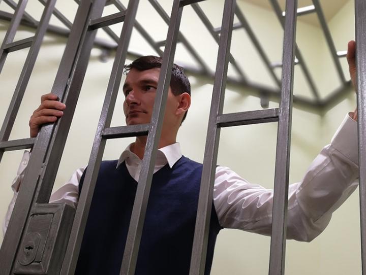 Александр Валов